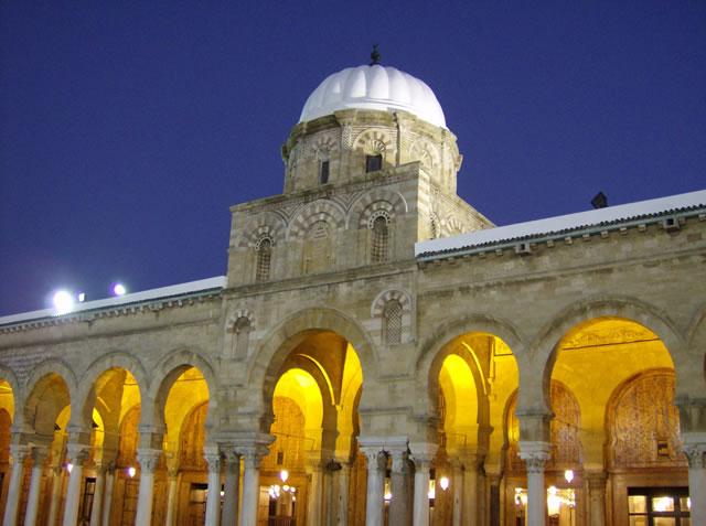 tunis grande mosquee ezeitouna